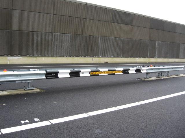 CADO guide rail 6 m emergency barrier